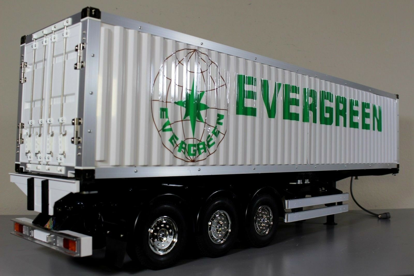 Tamiya R C 1 14 Evergreen 40FT Container Tractor Trailer 3 Axle Full Option Add