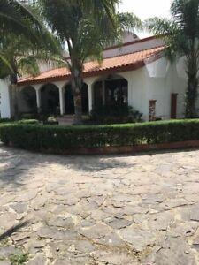 Rancho de 8.5 has en venta, con servicios y pozo en Santa Ana del Conde.