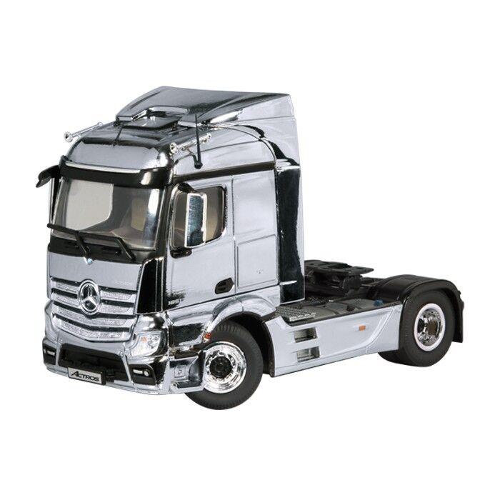 Merecedes-Benz Actros fh23 streamspace 4x2 Chrome sattelz. M. 1 50 NZG 846 01 6
