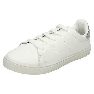 Sneakers bianche con stringhe per uomo Spot on gSDNp
