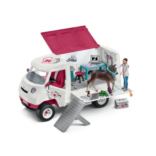 Mobile Tierärztin mit Hannoveraner Fohlen Schleich Horse Club