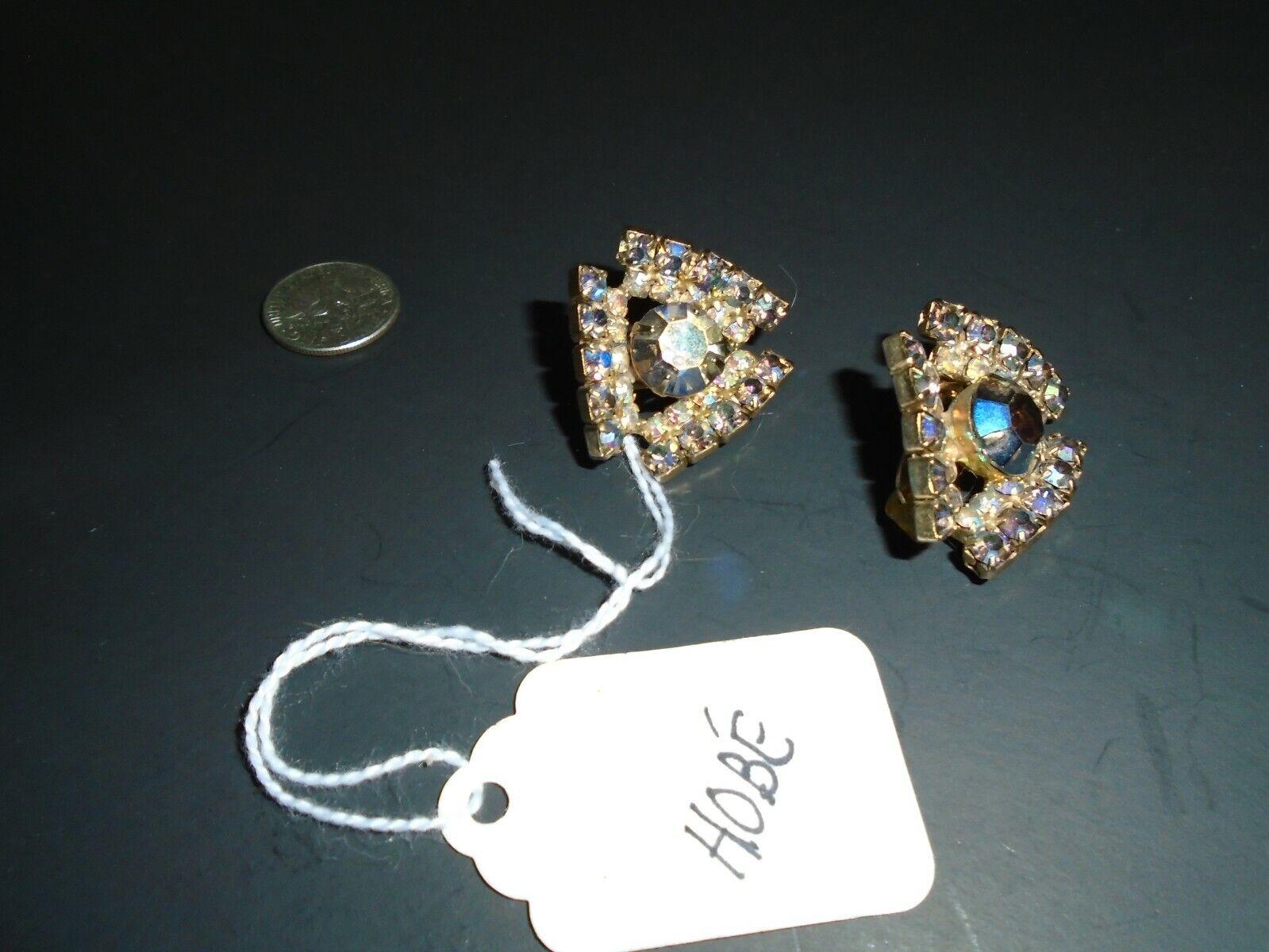 HOBE' vtg aurora borealis clip earrings - image 2