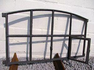 Neu-Gussfenster-Stallfenster-mit-Tuer-Lueftung