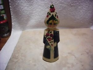 VINTAGE RUSSIAN WOODEN FIGURINE / ORNAMENT WOMAN HAND PAINTED