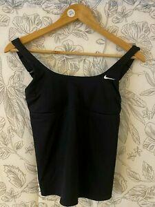Nike Damen Rundhalsausschnitt Tankini ärmellos Bikinitop Nessa 224-001 Größe Small