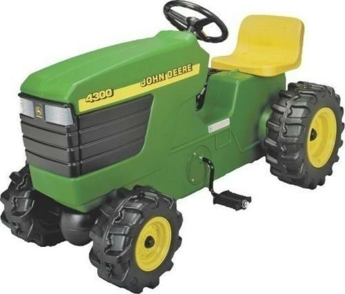 NEW ERTL RC2 46394 KID'S LARGE 39 39 39  JOHN DEERE PEDAL TRACTOR NEW SALE 2357382 42e201