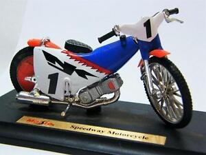MAISTO-1-18-DIE-CAST-MOTO-SPEEDWAY-MOTORCYCLE-1-ART-39300