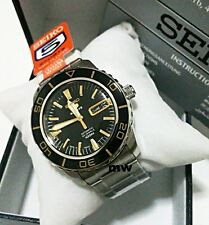 New Men's SEIKO 5 SPORTS UNIQUE AUTO Day Date 23 jewels Watch SNZH57J1 SNZH57J1