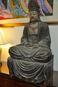 ANTIQUE-WOODEN-FIGURE-OF-GUANYIN