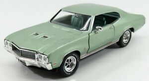 AUTOWORLD 1/18 BUICK   GS 455 COUPE 1970   GREEN MET