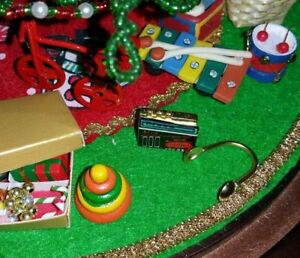 For Westrim Beaded Mini Christmas Tree*Under Tree Decoration**PLAY DOH*
