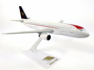 Flight-Miniatures-Taca-Airlines-Airbus-A320-200-Desk-Top-1-200-Model-Airplane