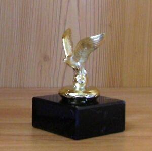 Pokal Pokale Hase 10 Kaninchen Figuren aus Metall mit Gravur  Made in Germay