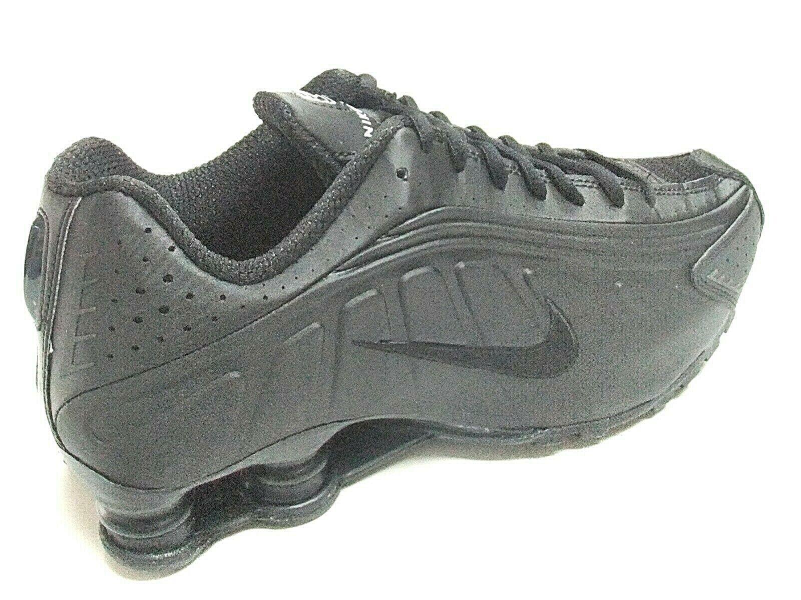 Nike Shox R4 Mens Trainers Size UK 8