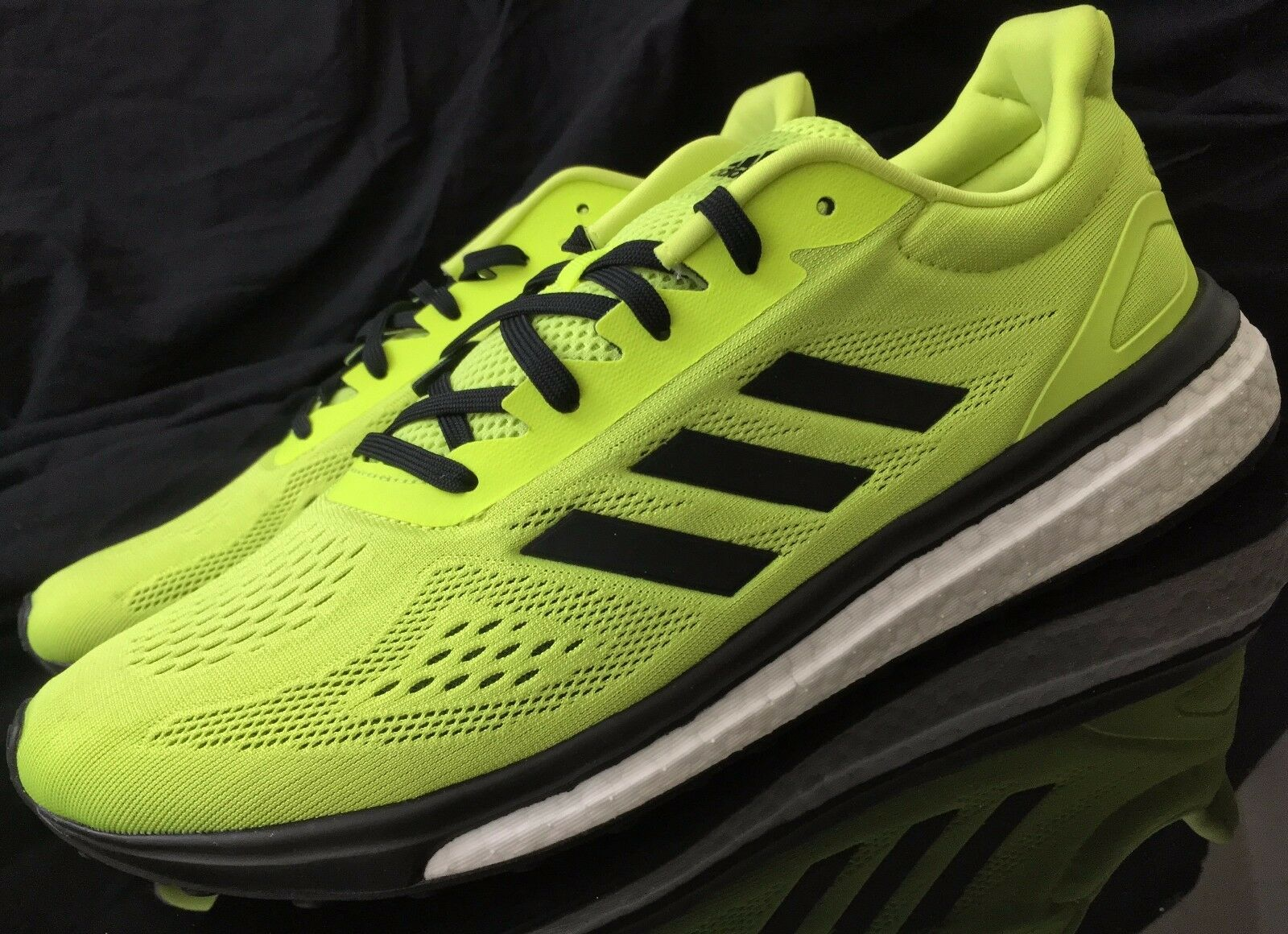 NEW ADIDAS RUNNING SHOES BOOST AUTHENTIC - BB2962 - Men's Size 10.5, 11