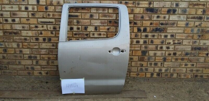 Toyota Hilux D4d  Left Rear Door