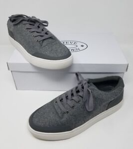 fe3d8b3428b Steve Madden P-Yasser Men s Fuzzy Gray Lo Tops Lace Shoes Sneakers ...
