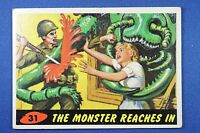1962 Topps Bubbles - Mars Attacks - #31 The Monster Reaches In - Ex++ Condition