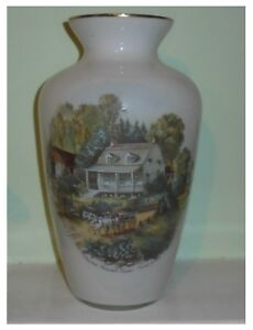 The Cheapest Price Currier & Ives Large White Glass Vase With Image Of American Homestead Summer Price Remains Stable North American
