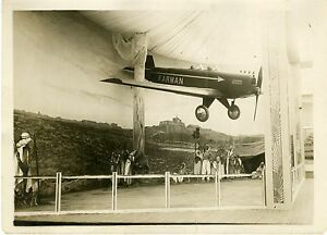 """Diorama représentant un avion FARMAN 1931"" Photo originale G. DEVRED (Agce ROL) B3WZ1ijd-07192719-415742578"
