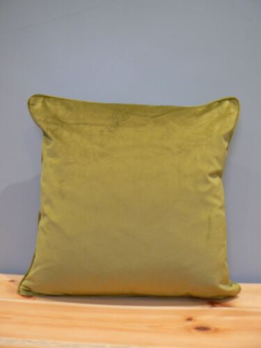 """NEW Soft Velvet Cushion Covers 17/"""" x 17/"""" Zipped Made in UK 10 Colours"""