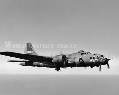 """WWII photo /""""Flying Fortresses/"""" of the 91st Bomber Group begin bombing on the 30p"""