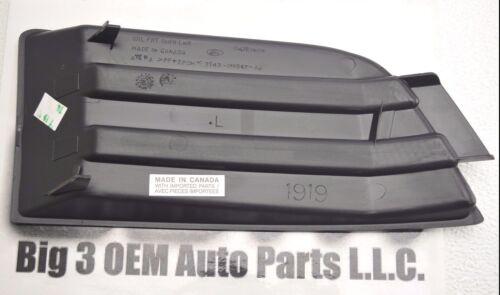 2007-2010 Ford Edge LH Driver Side Lower Fog Light Cover new OEM 7T4Z-17E811-A