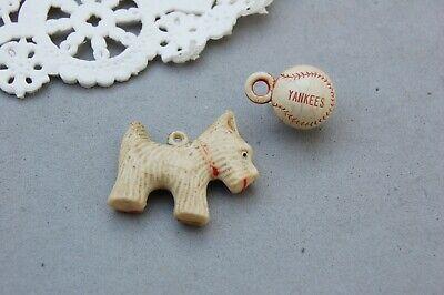 VINTAGE Celluloid Plastic BLACK /& WHITE Poodle DOG Cracker Jack Toy Charms LOT