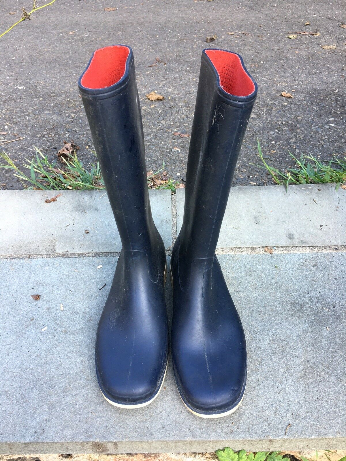 Unisex Vintage Navy With White Soles And Red Interior Mens Sailing Boots 41  7