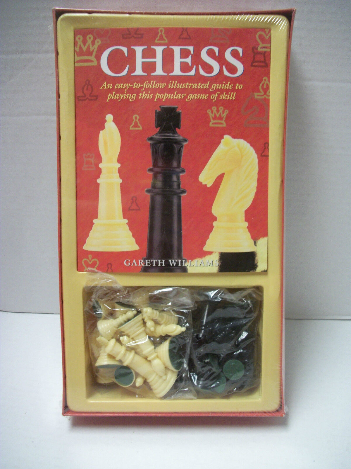 New Sealed Sealed Sealed Chess by Gareth Williams Chess Game and Book Guide 853f4d