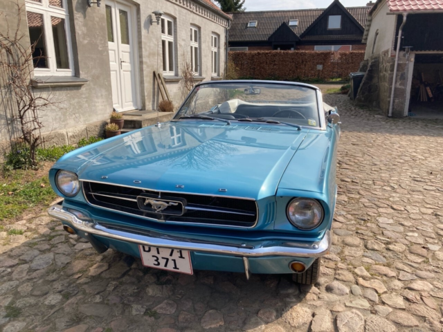 Ford Mustang, 2,8 Cabriolet, Benzin, aut. 1965, km 92000,…
