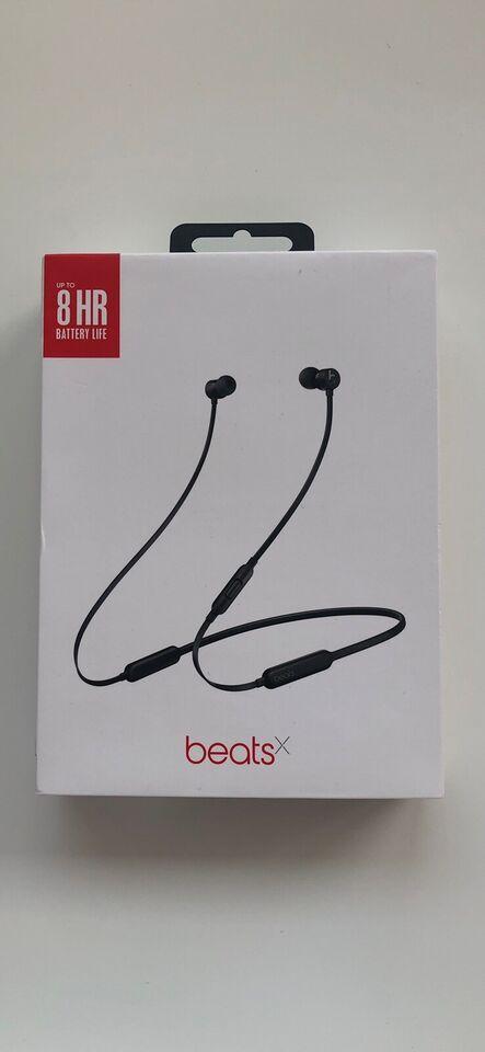 in-ear hovedtelefoner, Beats by Dre, BeatsX