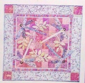 Applique-Quilt-Block-Pattern-Dragonfly-Meadow-35-x-35-inch-Karen-Brow