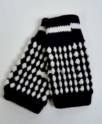 NEW CHILDRENS KNIT FINGERLESS GLOVES WARM STRETCHY GREAT COLORS FREE SHIP