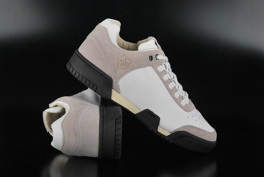 K-Swiss Cold gstaad nuevo lux Blanco Negro Cold K-Swiss Cream cortos zapatos a79b9e