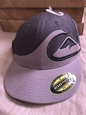 Navy//Green Quiksilver Men/'s Tucker Flat Flex Fit Hat Cap