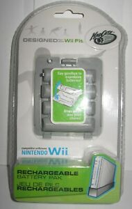 MAD-CATZ-NINTENDO-WII-FIT-BALANCE-BOARD-RECHARGEABLE-BATTERY-PACK-NIP