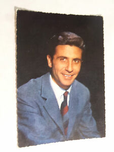 Vintage-Postcard-Gilbert-Becaud
