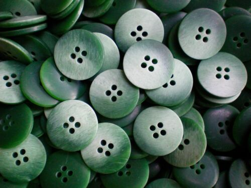 18mm 23mm Green /& White Ivory Brush Effect Jacket 4 Hole Buttons W243 W244