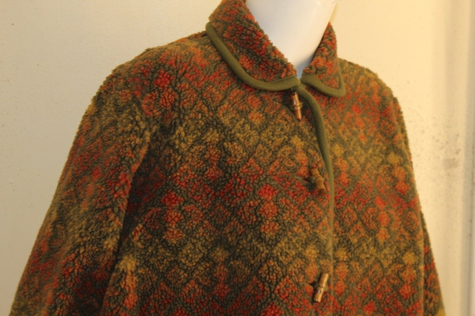 ORVIS -Sz M Lux Deep Pile Fleece Printed Art-to-W… - image 6