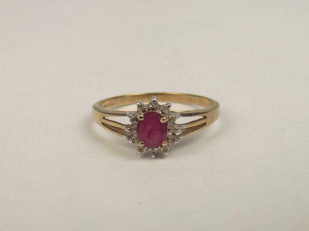 9ct Yellow gold Ruby & Diamond Flower Head Ring UK Size N+ US 7