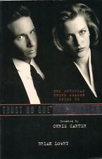 THE OFFICIAL THIRD SEASON GUIDE TO: TRUST NO ONE THE X FILES VOYAGER  PAPERBACK