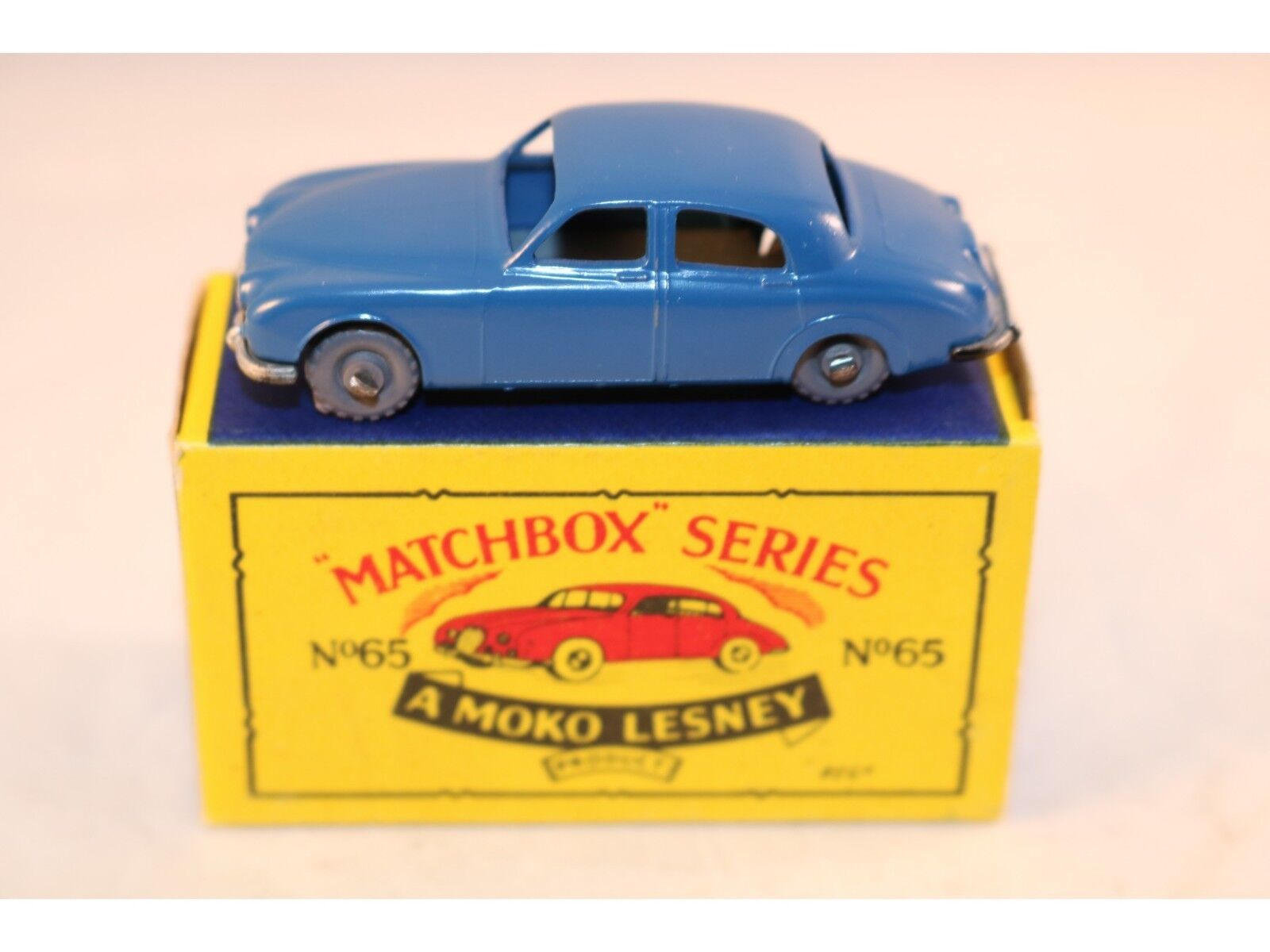 Matchbox A Moko Lesney No 65 Jaguar 3,4 litre with GPW perfect mint in box