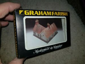 N-Gauge-Graham-Farish-9507-ONLY-1-Bungalow-unbuilt-model-railway-building-kit