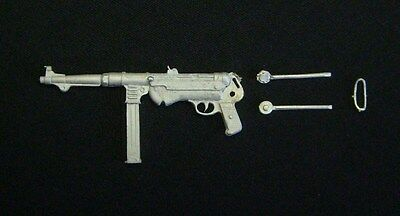 1/9th WWII German MP40 Wee Friends WB21005M unpainted model kit