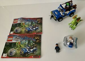 Lego-Jurassic-World-75916-embuscade-a-pris-sa-retraite-avec-instructions-sans-boite