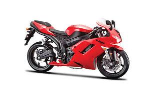 KAWASAKI-NINJA-zx-6r-Rojo-Escala-1-12-modelo-de-Motocicleta-DE-MAISTO