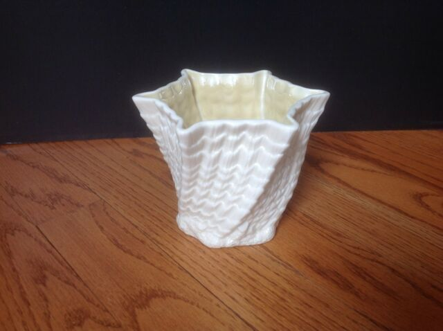 Vintage Belleek Twisted Shell Seashell Vase Third Green Mark Made In