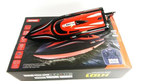 Skytech Remote Control RC Boat H101 High Speed 2.4G 30kmh with Capsize Reset Toy