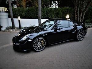 2015-Porsche-911-991-1-TURBO-S